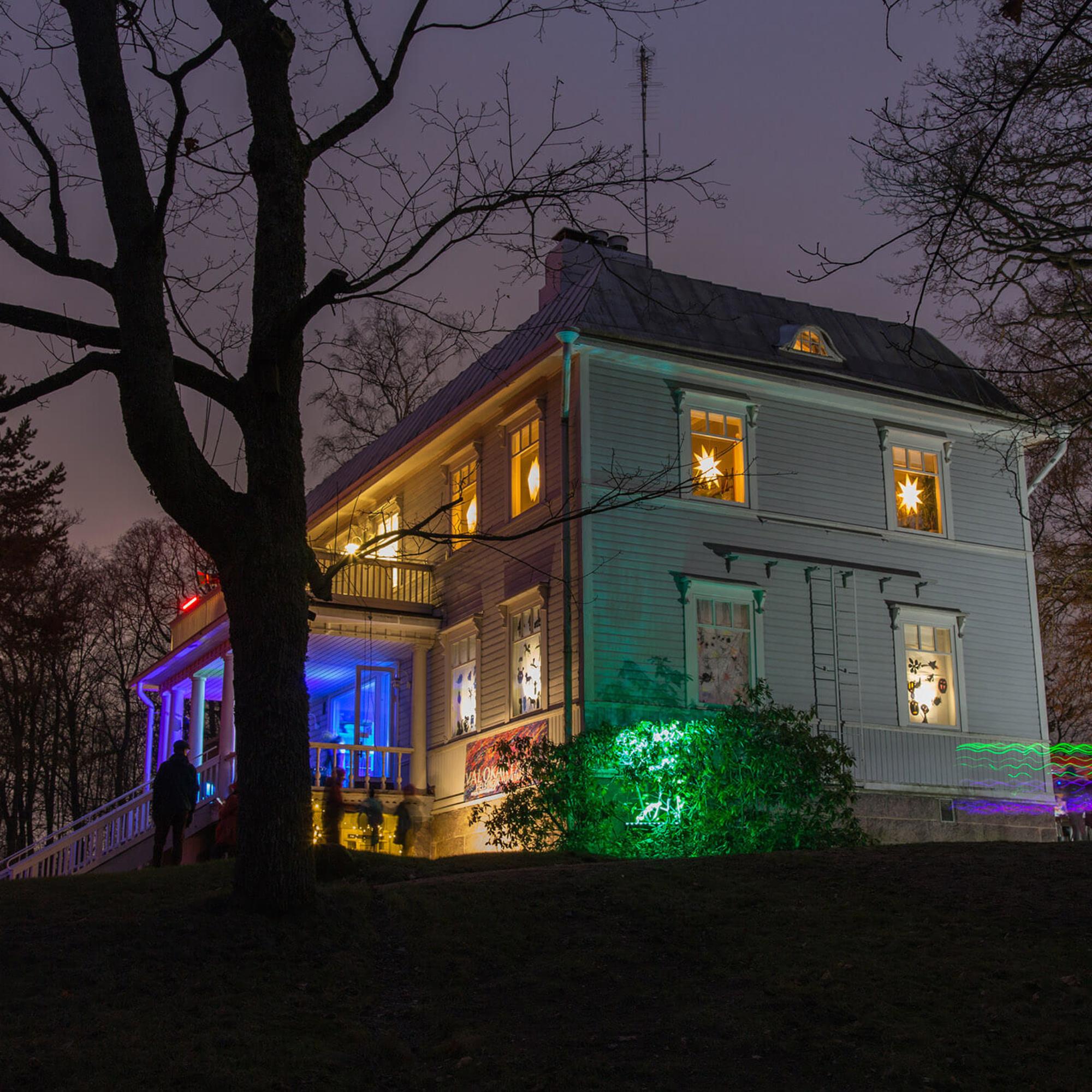 Helsingin kuvataidekoulun Valokartano-valotaidetapahtuma 20.11.2019