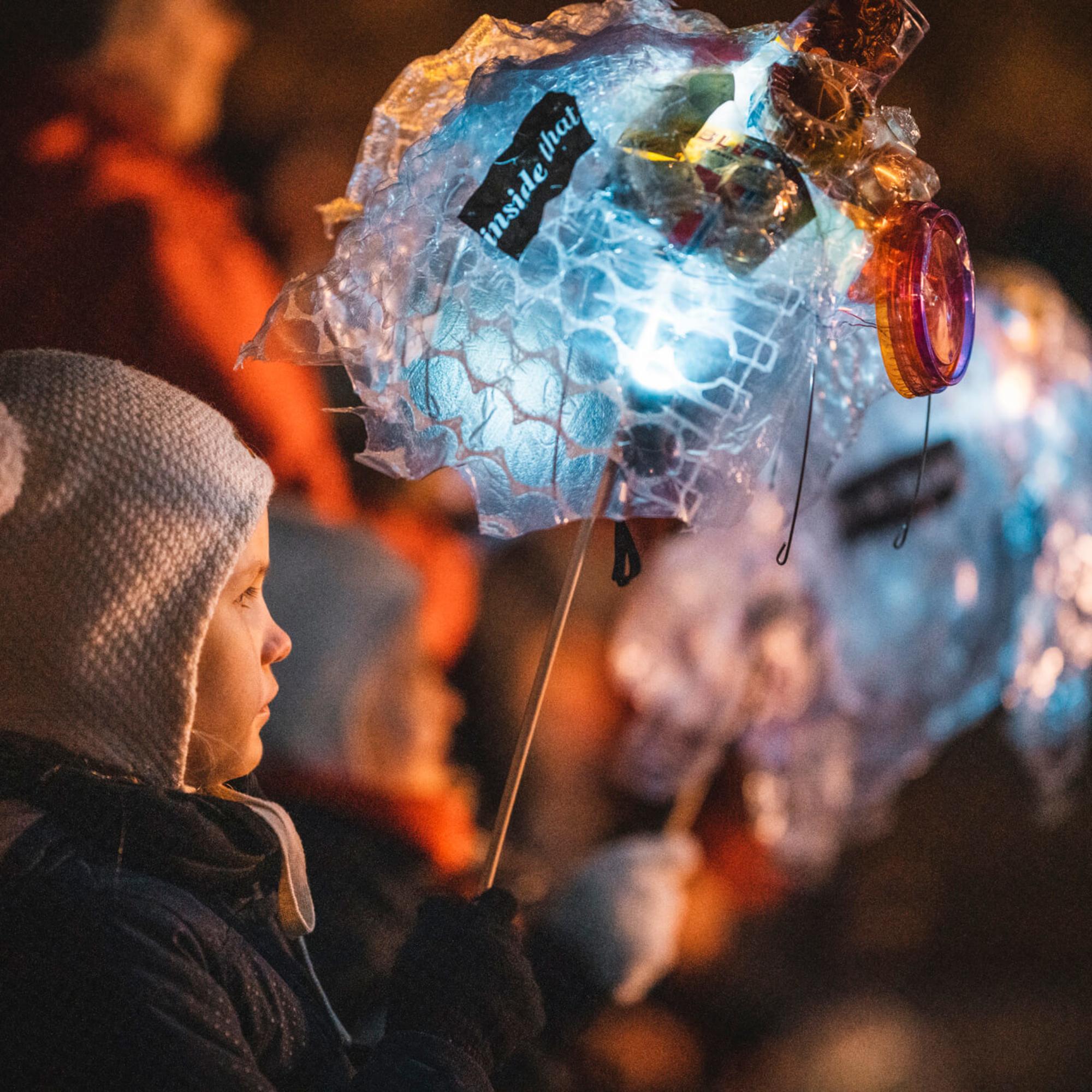 Vaasan kaupungin taiteen perusopetuksen (TaiKon) VALOA – LJUS -tapahtuma 20.11.2019. / Vasa stads grundläggande konstundervisning (TaiKon) VALOA – LJUS -evenemanget 20.11.2019.