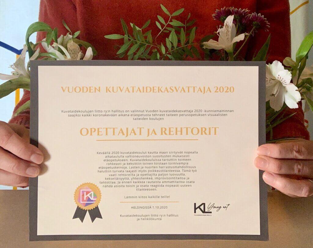 Vuoden kuvataidekasvattaja 2020 -kunniamaininta.